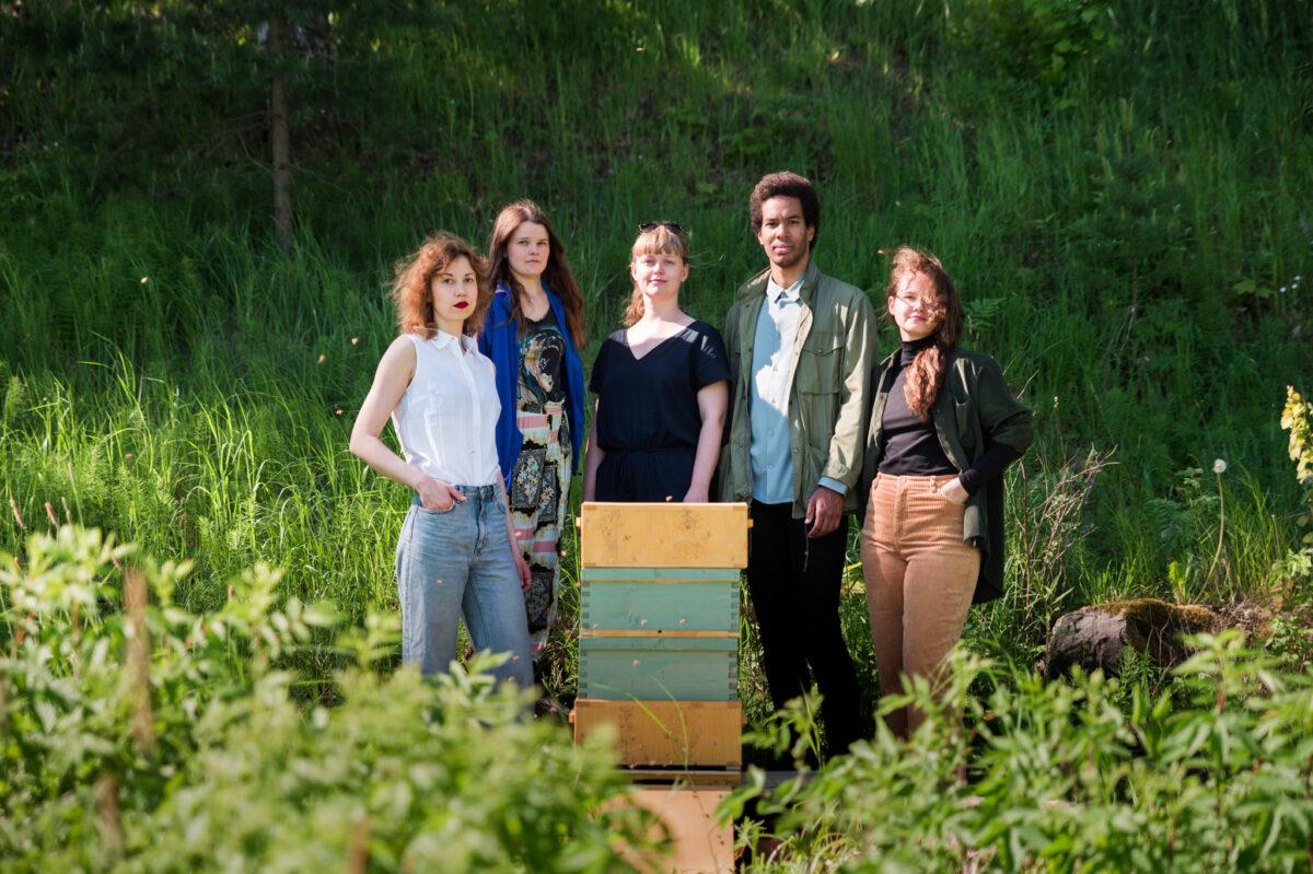 Mehiläisten seura valittiin Saaren kartanon residenssiin kesällä 2021